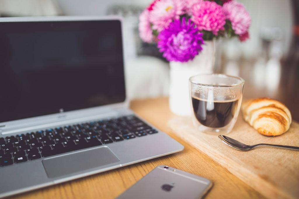flower laptop coffee